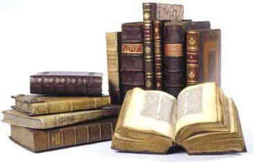 Convocatòria  d'ajuts per a estudis superiors relacionats amb les religions